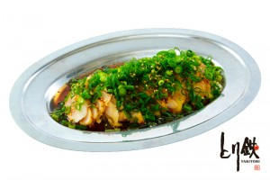 sとり鉄 新橋レンガ通り 親鶏の胸たたきポン酢